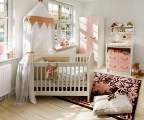 Baby/Junior bed Small World Modern
