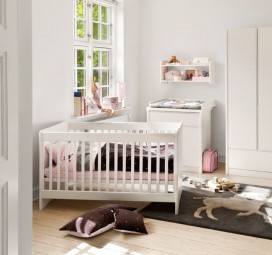 Baby/Junior bed Small World Basic